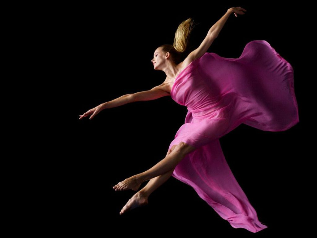 dance-beautiful-in-pink-43234.jpg